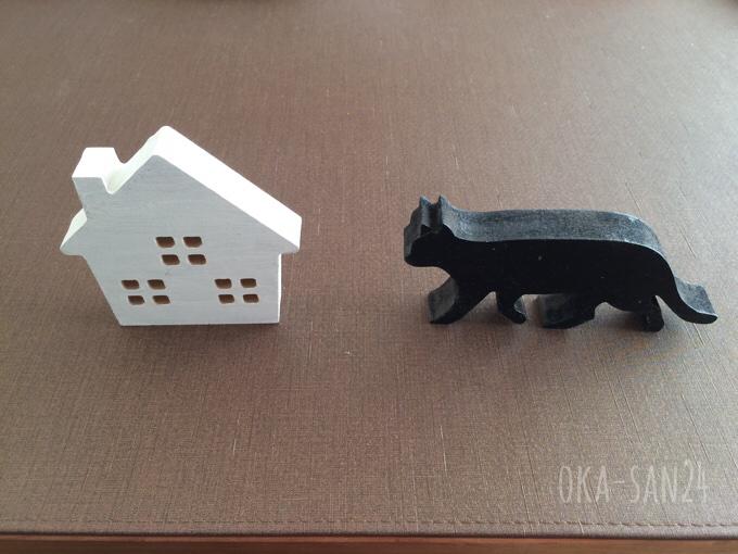 家と猫のオブジェ
